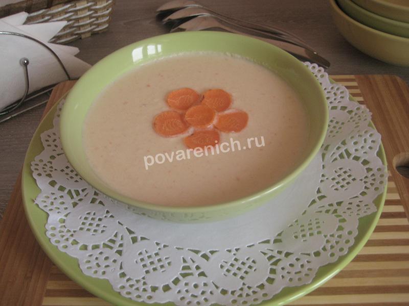 Куриный крем-суп с плавленным сыром