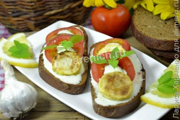 Жареные бутерброды со шпротами